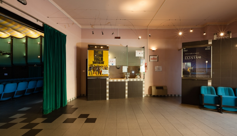 Cinema Teatro AMBRA-4